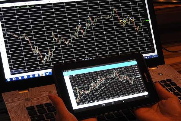 Inwestycje w kontrakty CFD a ryzyko – o czym pamiętać?